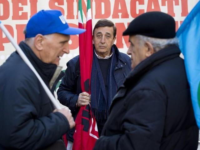 Draghi rivuole la Legge Fornero ma (anche) i sindacati non ci stanno
