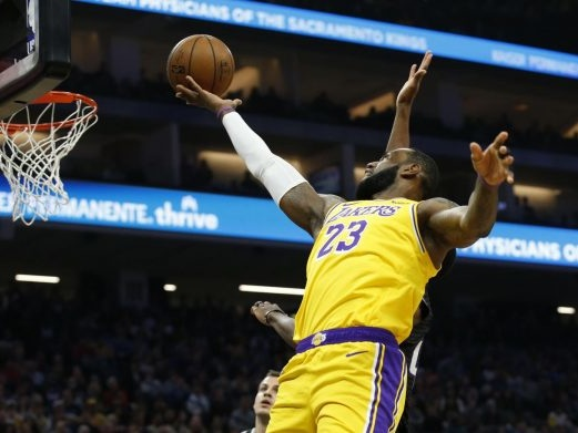 NBA 2019-2020, i risultati della notte (24 febbraio): Lebron e Davis regalano ai Lakers il successo sui Celtics