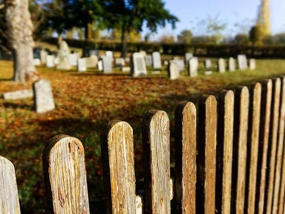 """Donna morta si risveglia alle pompe funebri: """"Si muoveva"""""""