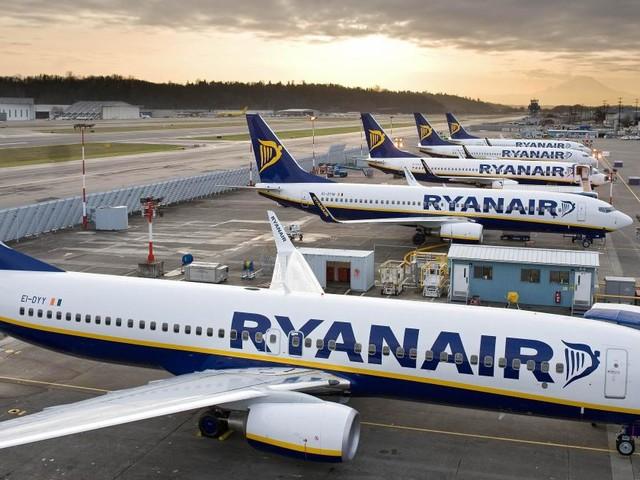 Ryanair assume: prosegue la campagna di recruiting per il mese in corso ed agosto