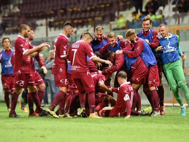 Calciomercato Reggina, ufficiale l'arrivo di Castiglia: Maesano alla Triestina