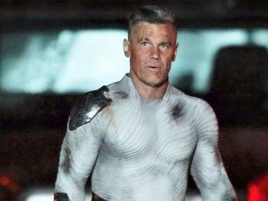Deadpool 2: Josh Brolin nelle nuove foto scattate sul set