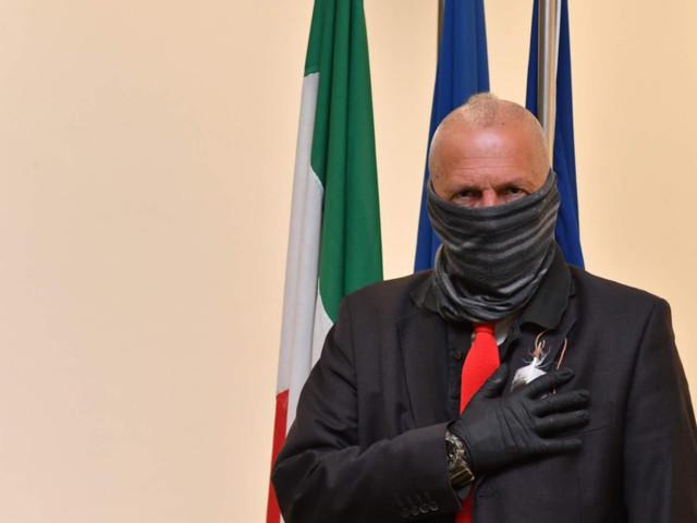 Incendi rifiuti, De Caprio è intervenuto ad una riunione con il prefetto di Cosenza Guercio