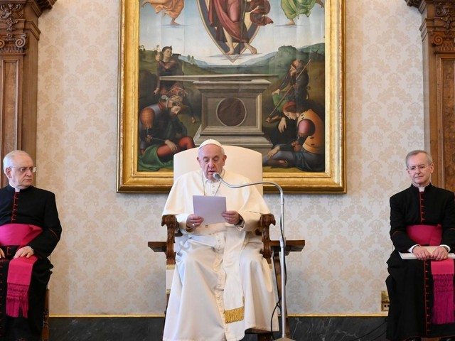 Pope Francis to resume live broadcast of General Audience