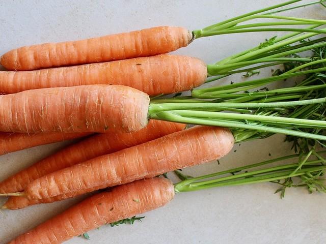 Dieta per dimagrire: i benefici delle carote