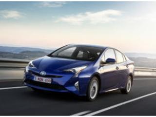 Toyota Prius 2018: il restyling conferma il suo spirito da pioniere