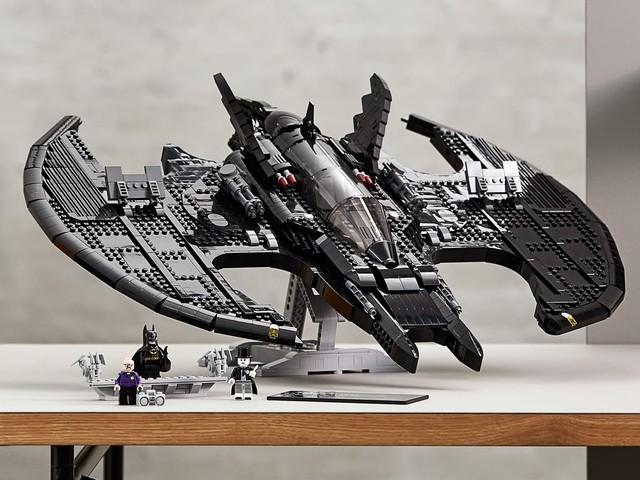 LEGO 1989 Batwing: il set ufficiale 76161 del velivolo di Batman