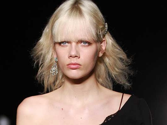 Taglio capelli medio. Ecco come modernizzare il tuo look