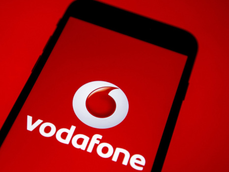 Imminenti le rimodulazioni Vodafone per tanti clienti: da lunedì 2 euro in più di spesa