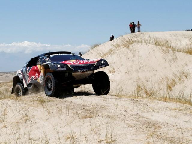 Dakar, Sainz resta leader tra le auto: undicesima tappa a Ten Brinke