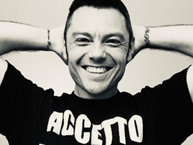 """Tiziano Ferro ospite a X Factor?/ """"Mi sono sempre sentito un outsider"""""""