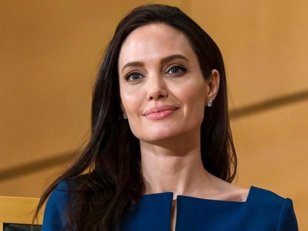 Angelina Jolie: nuova casa e nozze all'orizzonte?