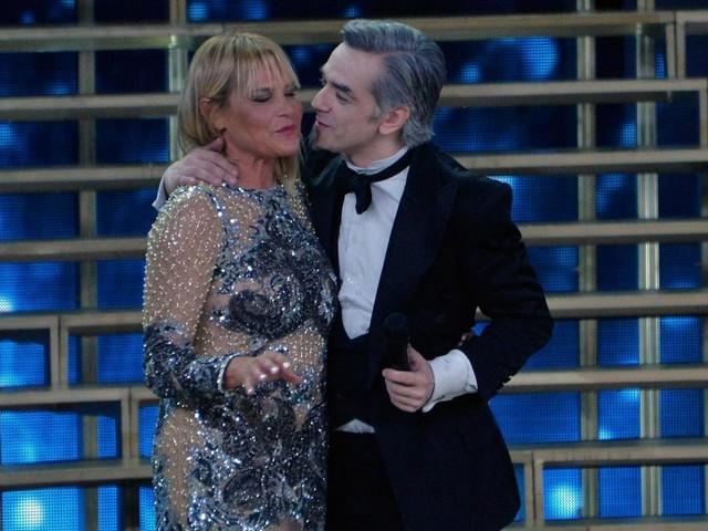 """Morgan a Ballando con le Stelle, Simona Ventura ironica: """"Speriamo arrivi alla fine"""""""