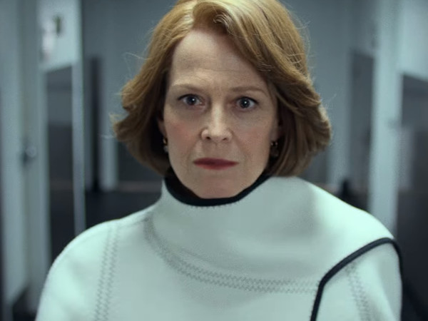 The Final DefendersTrailer Is All About Sigourney Weaver Getting Her Menace On