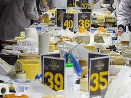Fino a domenica in Fiera c'è Forme «Il formaggio italiano è più forte dei dazi»