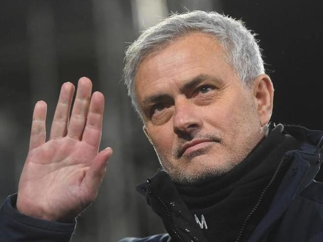 Mourinho alla Roma, è lui il nuovo allenatore: è ufficiale