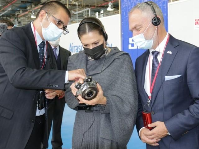 La principessa Victoria di Svezia in visita a Torino, per studiare il mondo dell'auto