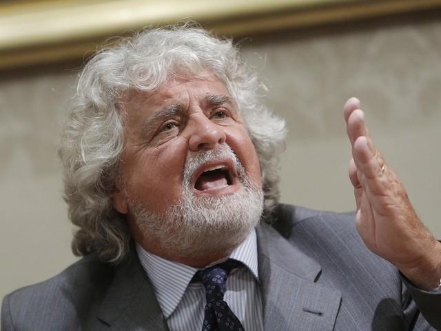 """""""Vive nel giorno della marmotta"""": Grillo affossa Di Battista"""