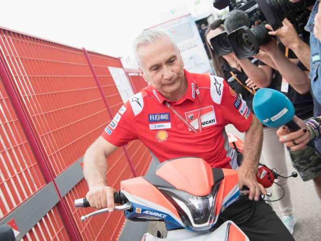 """MotoGP, Tardozzi: """"Valentino Rossi guarda al domani"""""""