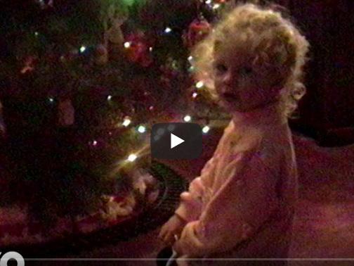 Taylor Swift, Christmas Tree Farm: esce il brano per Natale 2019 con immagini di infanzia della cantante