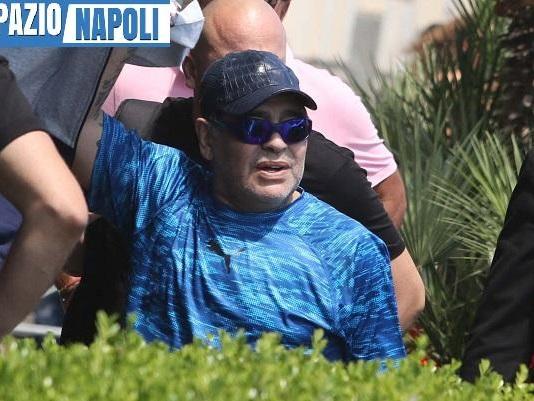 Maradona verso il ritorno in panchina: trattativa avanzata col Gimnasia La Plata