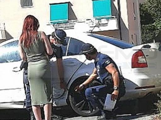 Sanremo: trova l'auto incidentata in via Serenella e la Municipale la aiuta a trovare il colpevole (Foto)