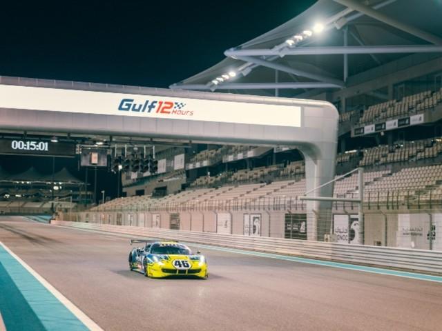 12 ore di Abu Dhabi, tutte le foto: Valentino Rossi protagonista