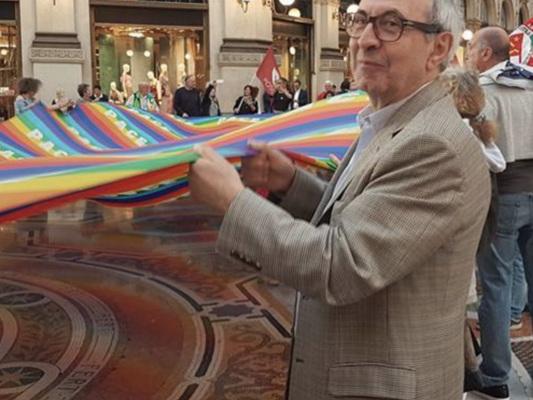 Il curioso caso del consigliere comunale di Milano multato per un manifesto 'antifascista'