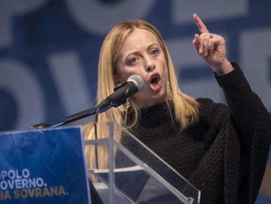 La Meloni teme i concorrenti Lega e Fi: basta con il M5s e con il presidente Ue