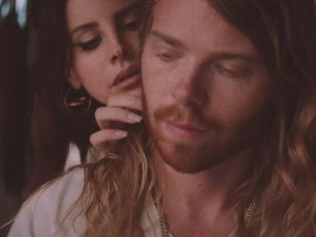 """Lana Del Rey: le prime immagini del video """"White Mustang"""""""