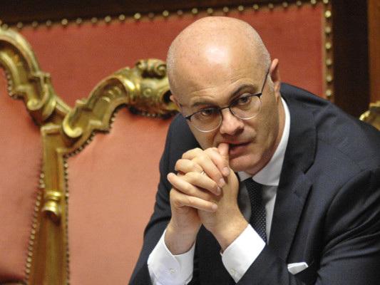 Questo governo durerà fino a fine legislatura, dice il ministro D'Incà