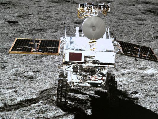Storia delle 135 missioni dell'uomo per conquistare la Luna