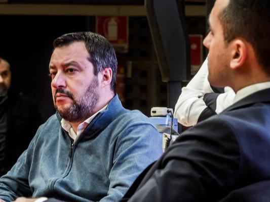 Salvini e Di Maio tornano a punzecchiarsi alla vigilia del voto sulla Tav