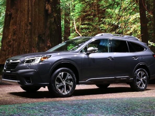 Subaru, nuova Outback svelata in America