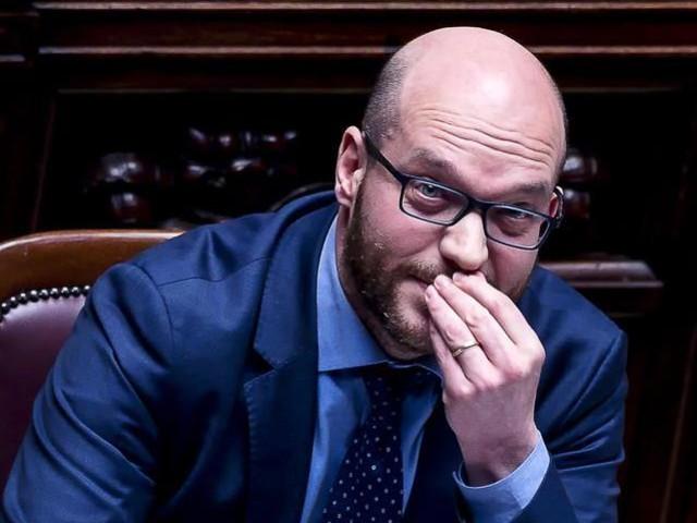 Lorenzo Fontana nuovo ministro per gli Affari Ue. Alla Famiglia Alessandra Locatelli