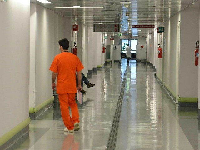 Vimercate, morta una donna dopo una trasfusione. La procura di Monza apre un'indagine