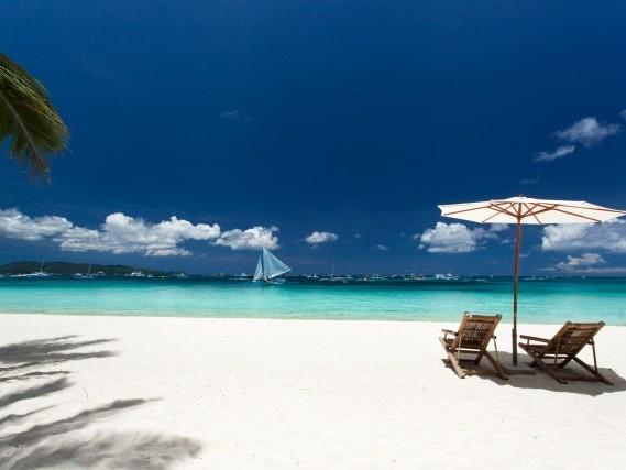 Viaggio nelle Filippine in alta stagione: voli a/r a 4* per Manila da 329€!