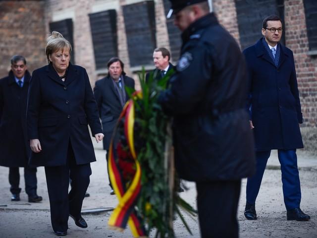 Angela Merkel ad Auschwitz per la prima volta