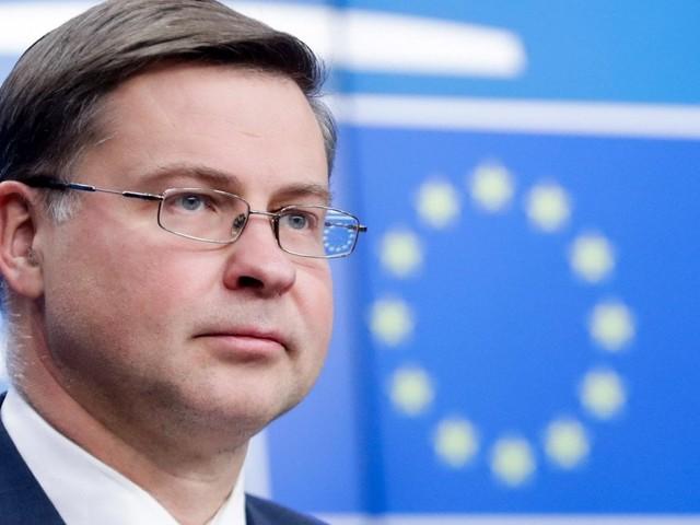 """Dombrovskis avverte l'Italia sui conti: """"Riveda i numeri della Manovra"""""""