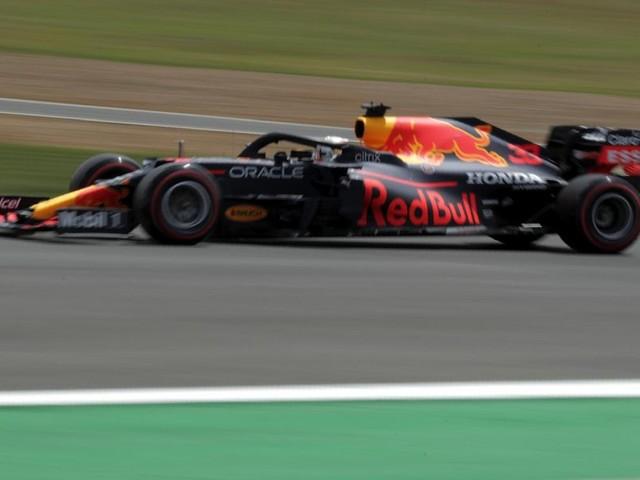 F1 su TV8, orario GP Spagna 2021: programma gara, streaming, palinsesto in chiaro