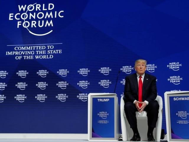 """World economic forum: comizio elettorale di Trump contro i """"profeti di sventura"""""""