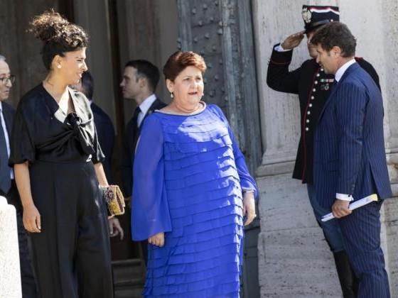 Teresa Bellanova risponde a Capezzone con il giudizio di Enzo Miccio