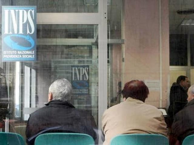 """La pensione fa male. I geriatri: """"Prima ci vai, prima ti ammali"""""""