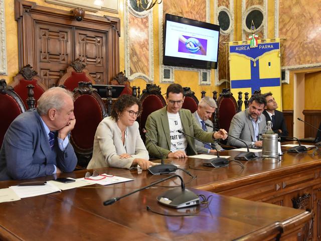 """""""Parma: quale città per il futuro?"""", la presentazione del concorso per tre borse di studio"""