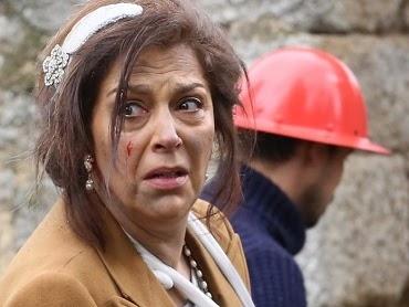 Il Segreto: Raimundo è morto nell'esplosione? Francisca è disperata! Video