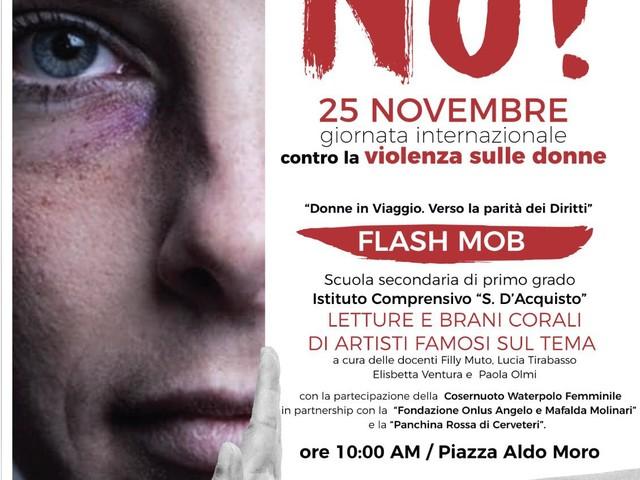 Le ragazze della Cosernuoto Waterpolo testimonial al flash mob contro la violenza sulle donne