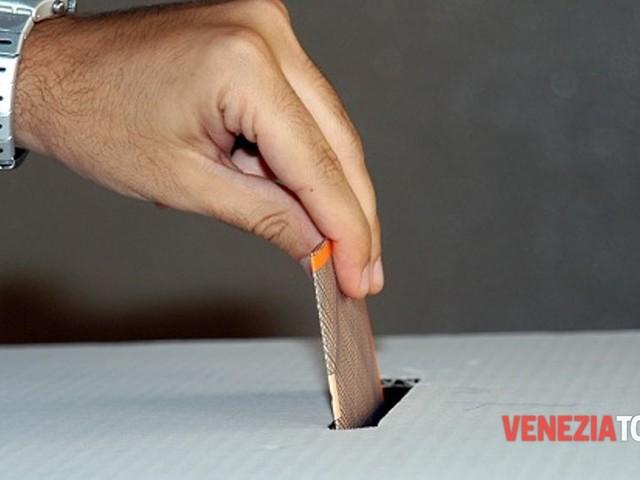 È il giorno dei ballottaggi, cittadini al voto per eleggere i sindaci di Martellago e San Donà