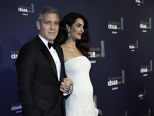 """L'indiscrezione choc: """"I Clooney erano alle nozze di Harry e Meghan ma non li conoscevano"""""""