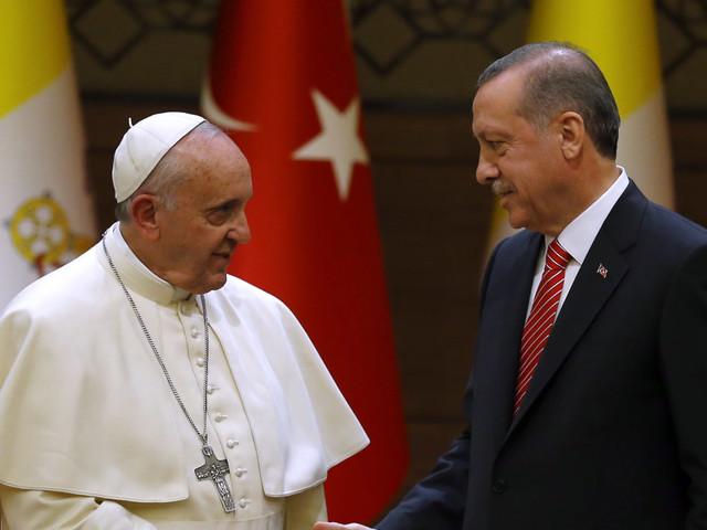 L'ombra della lista dei foreign fighters arrivati in Italia sulla visita di Erdogan a Papa Francesco