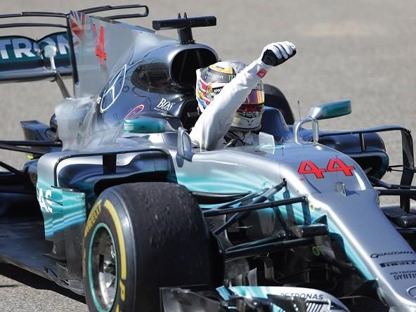 F1 | Hamilton e Verstappen spengono la Ferrari